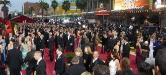 2011 Oscars to get longest red carpet event ever?
