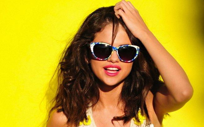 Selena-Gomez-fake-google