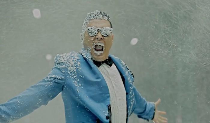 Gangnam-style-700-million-views
