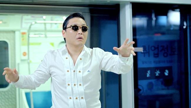 PSY-vs-justin-bieber-gangnam-style-amas