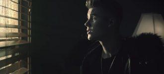 Going Viral : Deport Justin Bieber petition