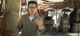 Going viral : JJ Abrams asks fans to join him on Star Wars 7