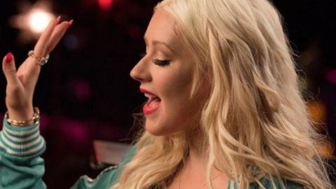Christina-Aguilera-singing-course