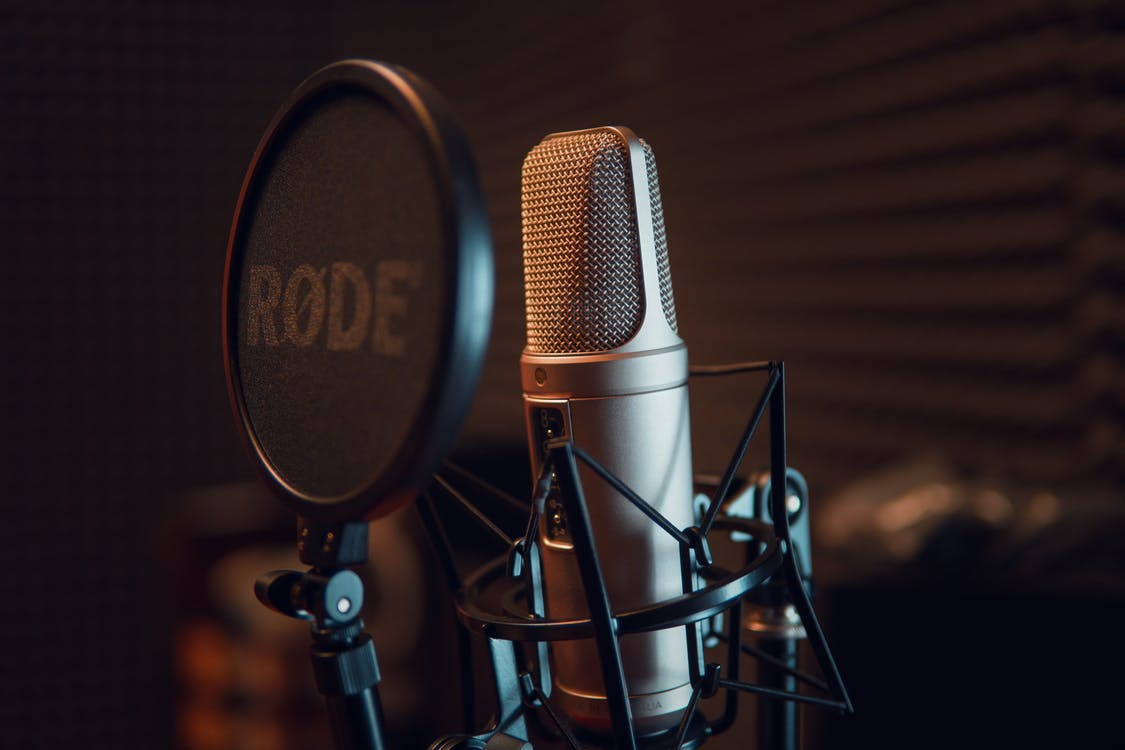 Creative-entrepreneurs-top-10-tips-for-audio-recording-business